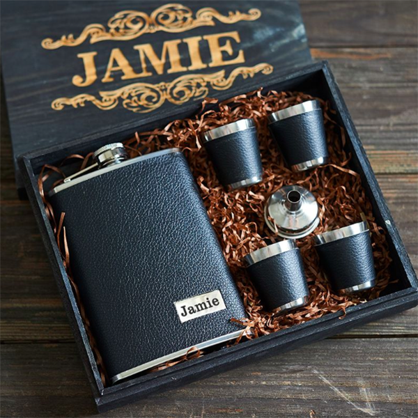 custom engraved leather flask and shot glasses