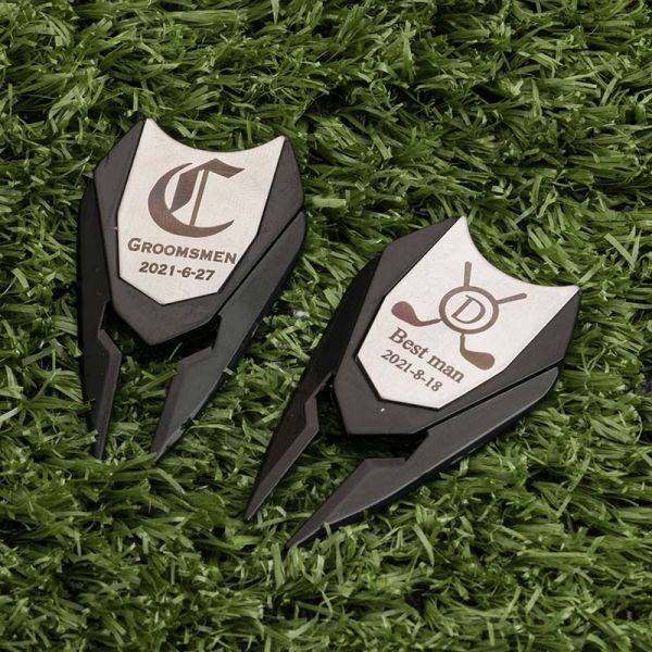 2-in-1 personalised golf divot tool