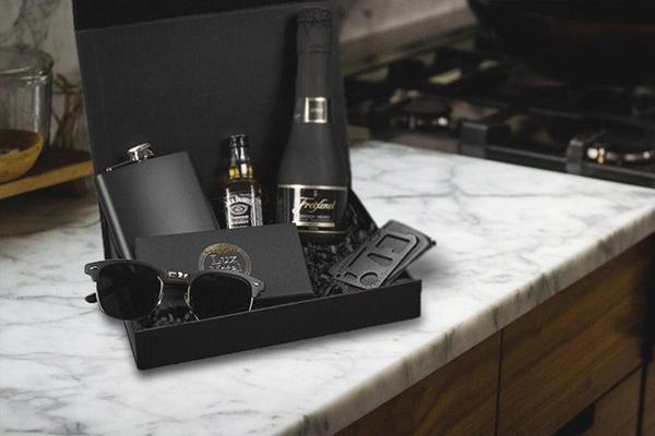 luxury groomsmen gift box set
